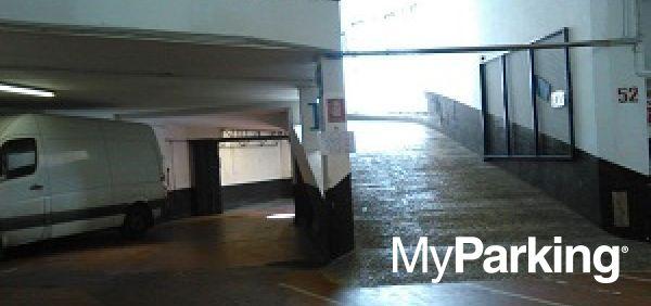 Arena Sempione Parking H24