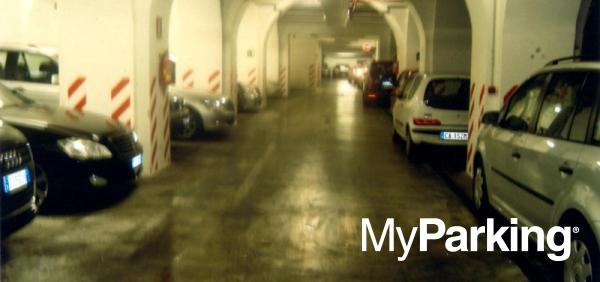 Garage Parking Esquilino