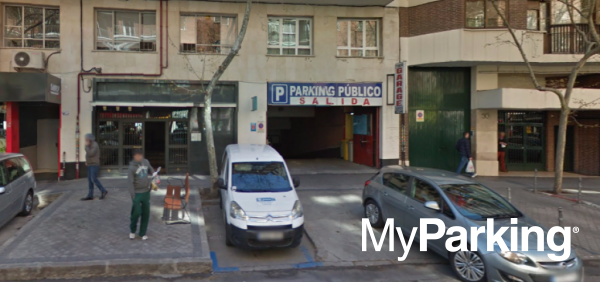 Parking Clara del Rey