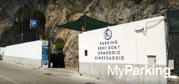 Garage La Grotta