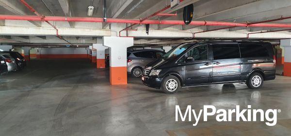Airport Parking Bari